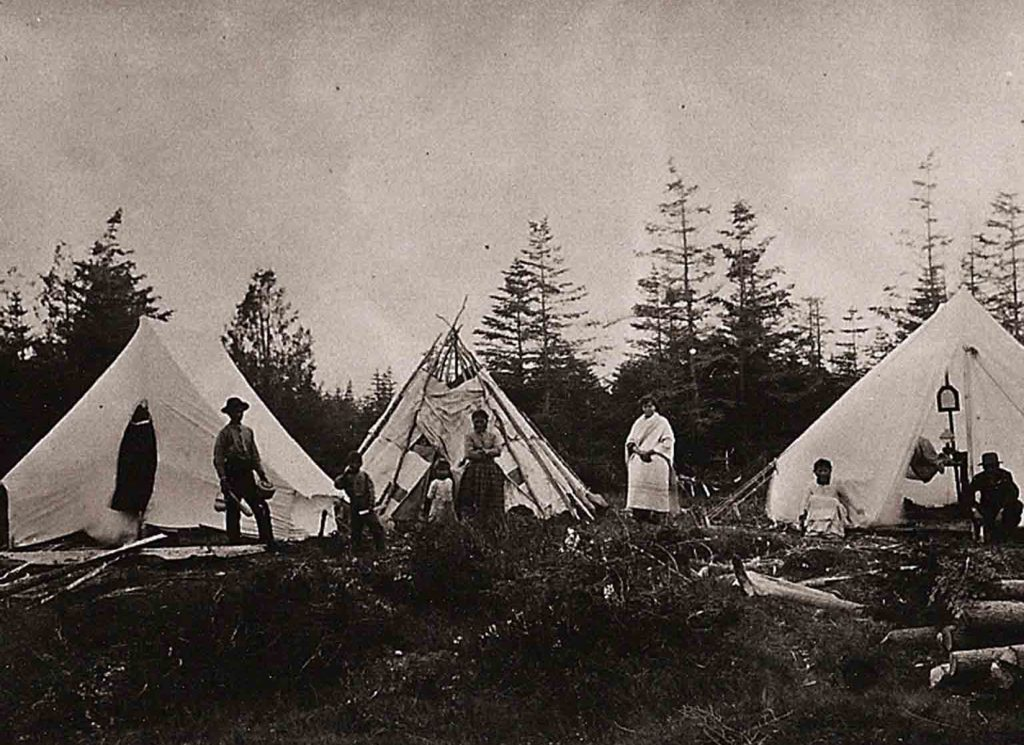 Passamaquoddy encampment at Indian Point, Qonaskamkuk